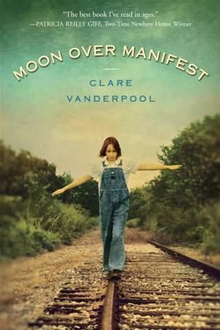 moon-over-manifest